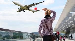 Gli aerei sono sempre più puntuali, ma c'è un trucco.