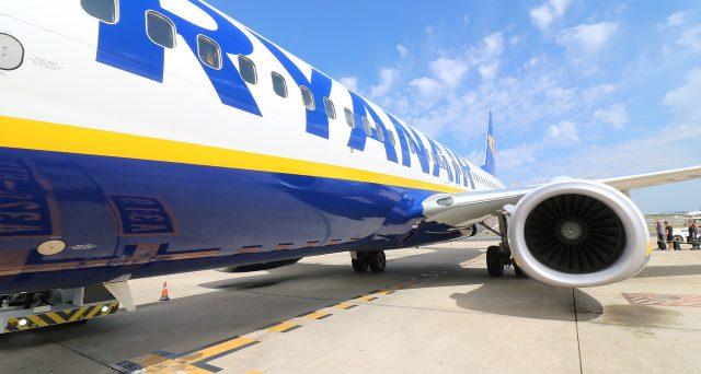 Ryanair nuove regole check-in online gratis: cosa cambia dal 13 giugno e novità sindacati