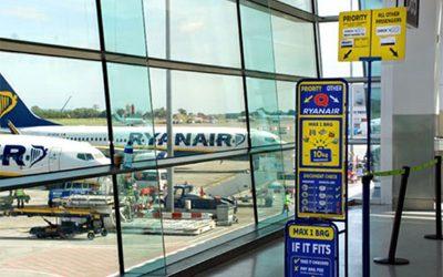 "Ryanair ""stanga"" i passeggeri per pagarsi l'intesa coi piloti"