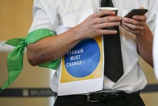Ryanair, nuova ondata di scioperi: 150 voli cancellati in Germania