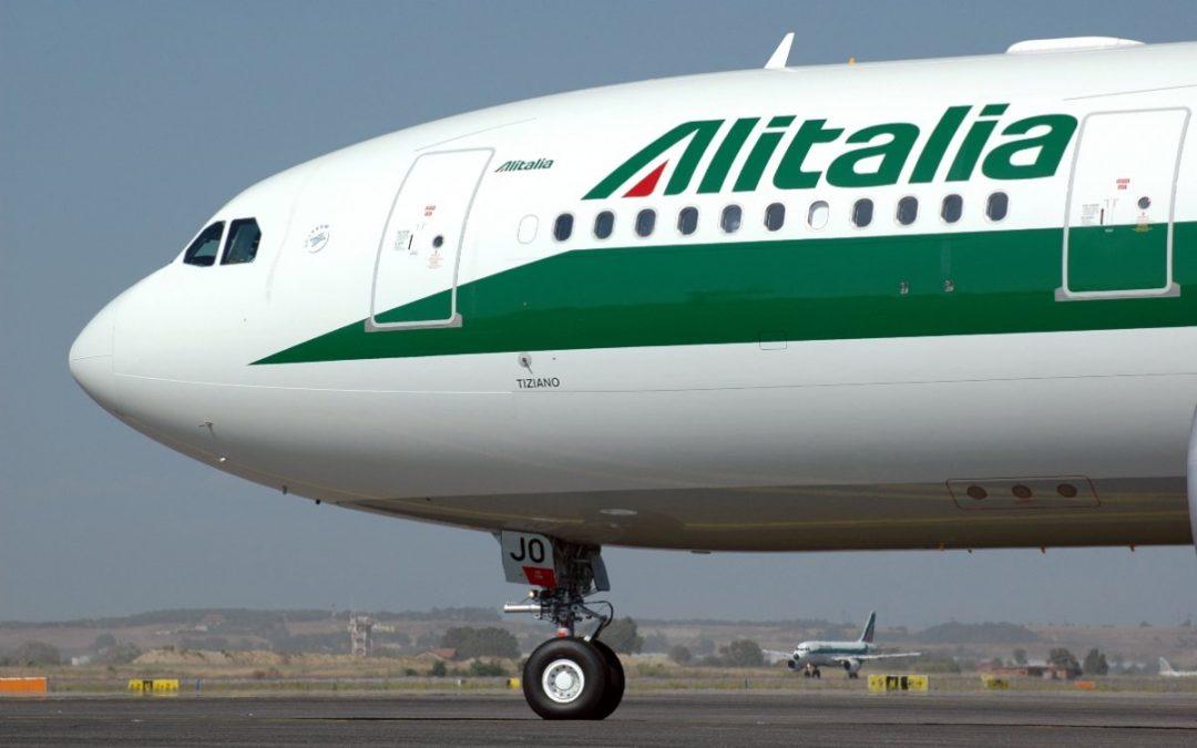 Il biglietto Alitalia che paghiamo tutti anche senza prendere mai un volo