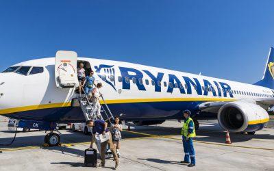 """""""Troppo tardi"""": Ryanair rifiuta l'imbarco a una sedicenne in chemio"""