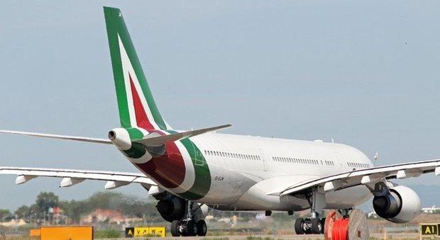 Salta la cordata, Alitalia a rischio. Conte convoca vertice urgente