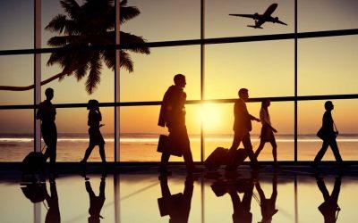 Volare senza imprevisti: 9 consigli dagli assistenti di volo