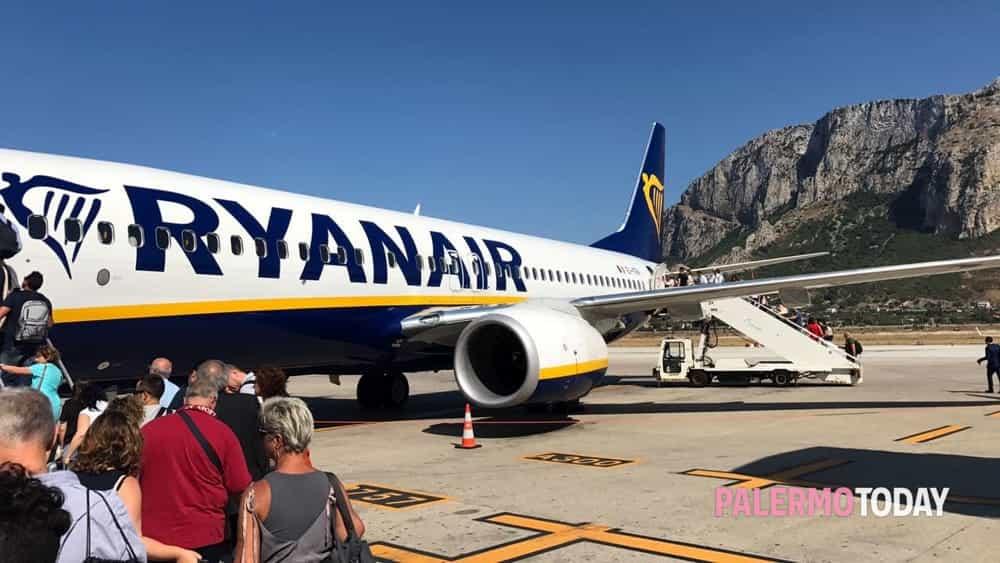 Effetto Coronavirus: Alitalia e Ryanair cancellano voli da e per Palermo